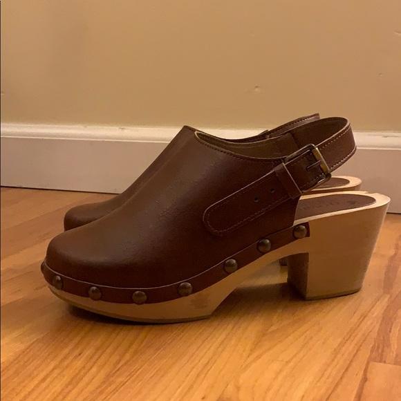 novacas Shoes   Super Cute Vegan Clogs